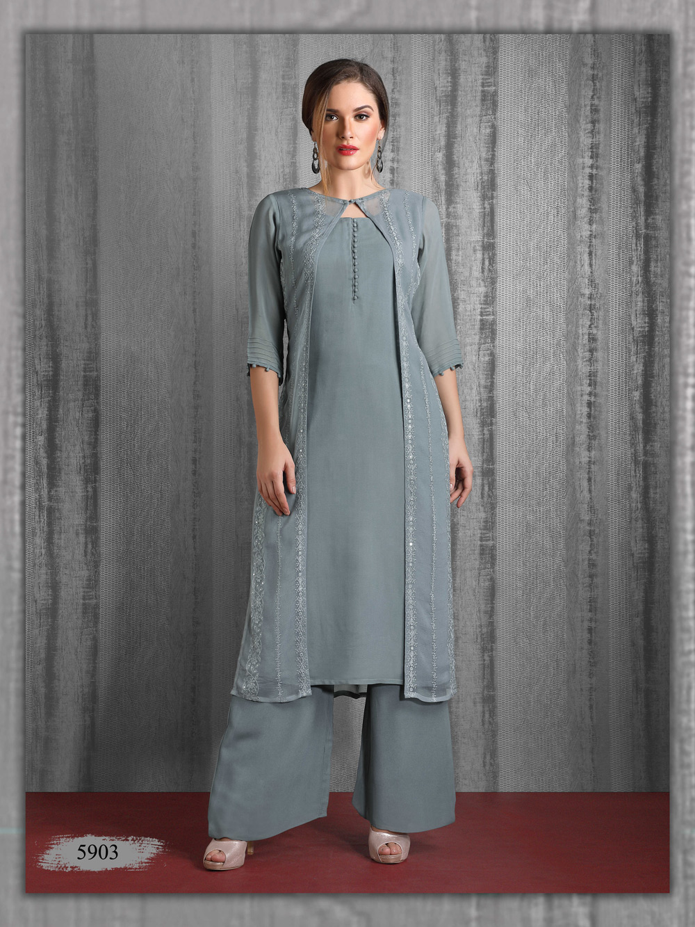 Graceful Grey Lakhnavi Kurti