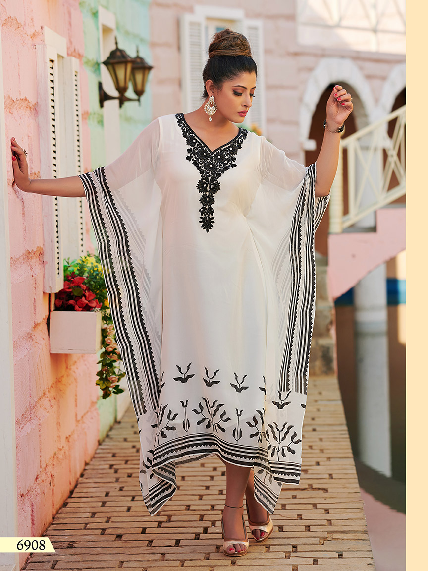 White viscose georgette kaftan with black prints